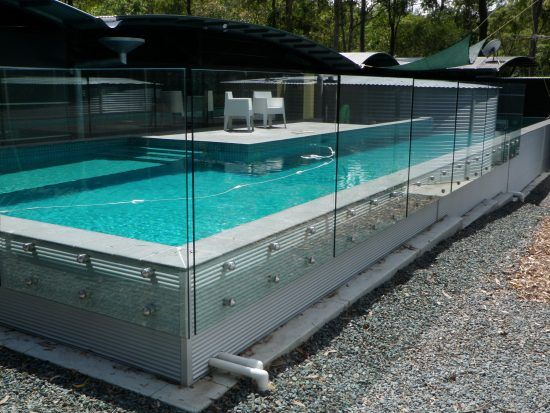 pool fencing Mooroolbark